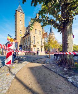 Terradec aanleggen op het Kardinaal Cardijnplein.
