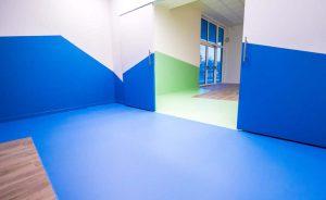 Polyurethaan vloer en muren in kinderdagverblijf.